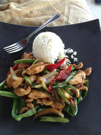 Qunci Villas Hotel: Lunch
