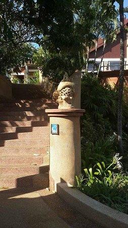 Novotel Phuket Resort : outside halls