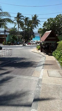 Novotel Phuket Resort : main entrance and exit