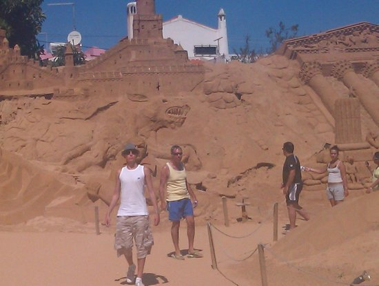 FIESA - International Sand Sculpture Festival: Sand sculptures, Pera, Algarve