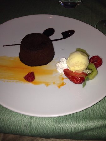 La Basilica Restaurant: Chocolate fondant