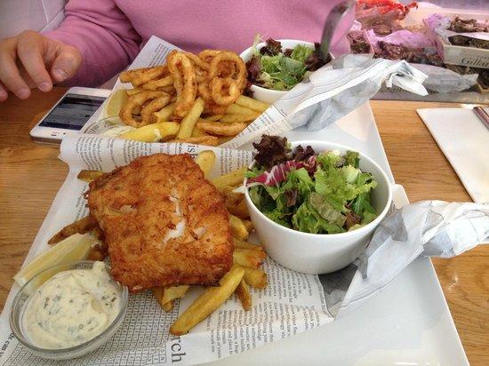 Seafood plate foto van the seafood bar amsterdam for Seafood bar van baerlestraat