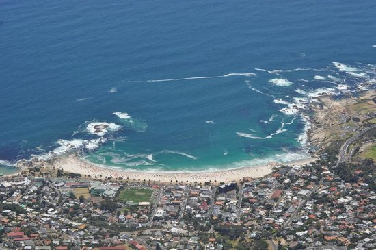 CapeScot Tours: Camps Bay from the top of the mountain