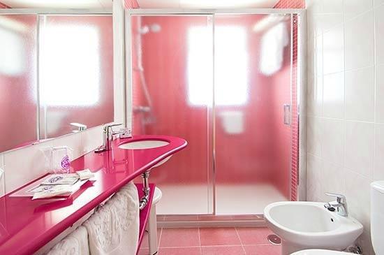 Servigroup Calypso: Bathroom Twin Room