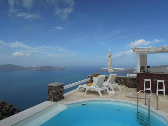 Tholos Resort : Relax In Paradise