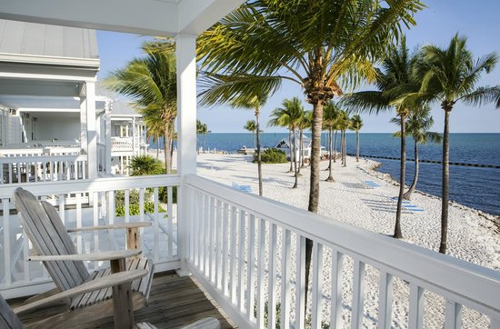 Tranquility Bay Beach House Resort: Beachfront Beach House Balcony View