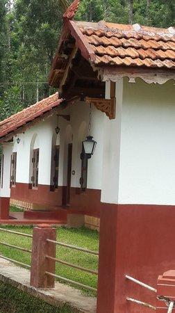 Linger at Balur Estate : Bungalow view
