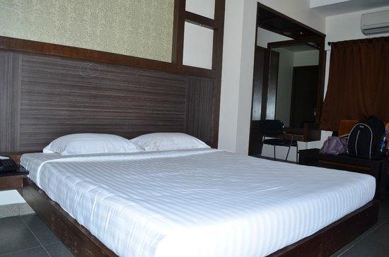 Hotel Tamizh Park: Room Type : Span