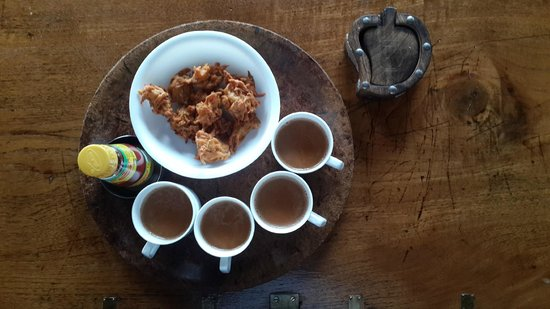 Linger at Balur Estate : Late afternoon snacks with Hot masala Tea