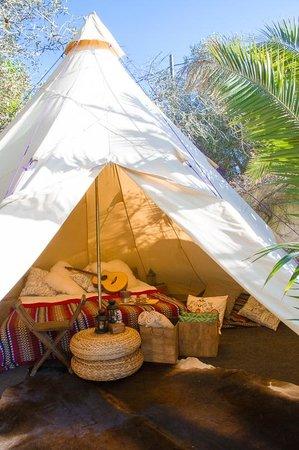 Jah Shaka Surf and Kite Lodge: Luxury Teepee
