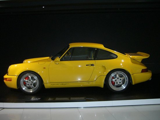 Porsche-Museum: Great colour