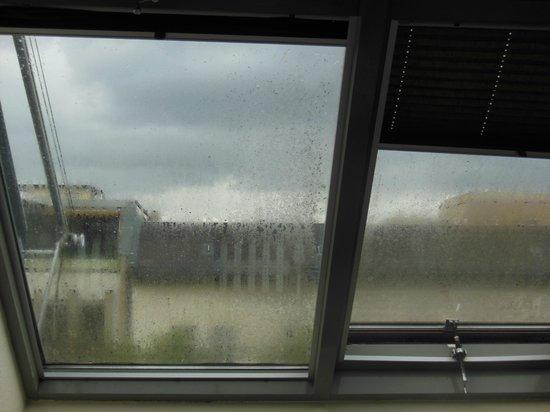 Upper Room Hotel : Das Zimmerfenster