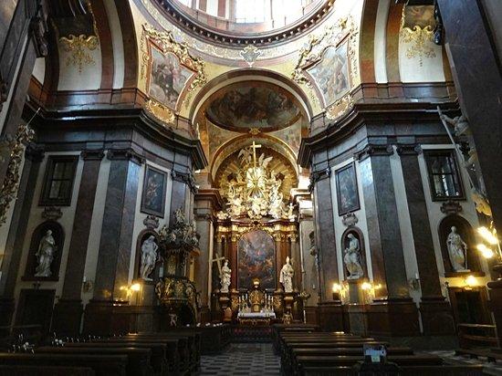 St. Francis of Assisi Church: Prague interier church of St. Francis of Assisi