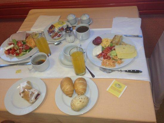 Palma Hotel: завтрак