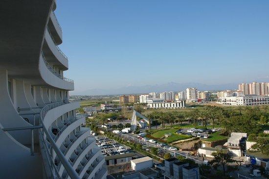 Miracle Resort Hotel: Вид с моего балкона 2