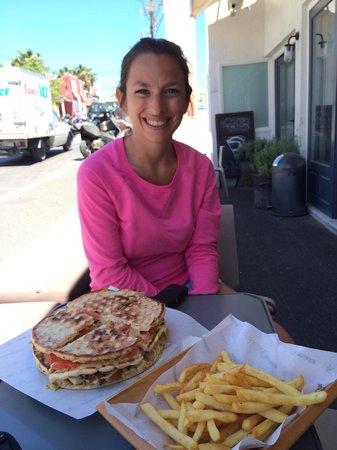 Bagiatiko Food Bar: Wrapped in pita bread