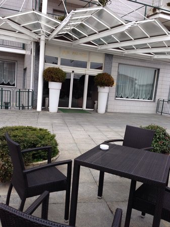 Air Palace Hotel: L'ingresso