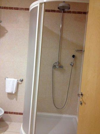 SHG Grand Hotel Milano Malpensa: Doccia