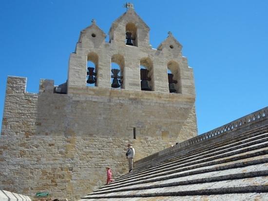 Église des Saintes-Maries : 教会の屋根