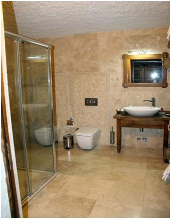 Goreme Inn Hotel: baño