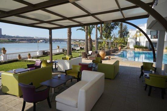 Le Dawliz Hotel & Spa : Terrasse du restaurant