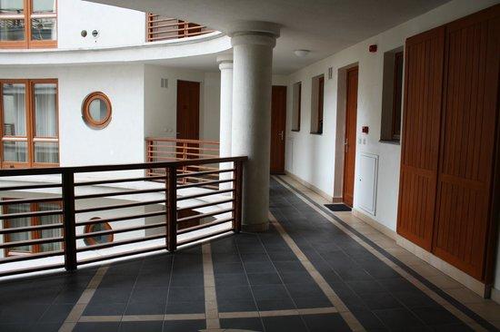 Prime Apartment Hotel: 2