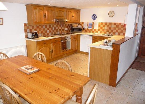 Newhouse Farm Cottages: Trotters Kitchen