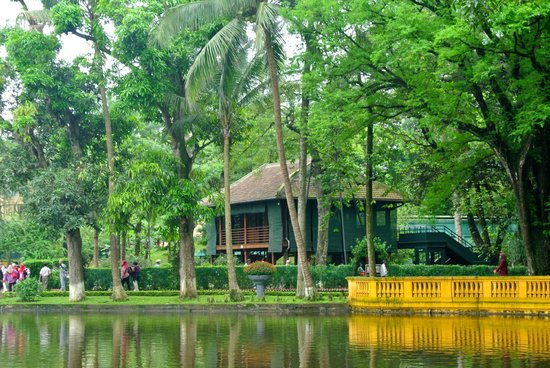 Ho Chi Minh Presidential Palace Historical Site: In the park