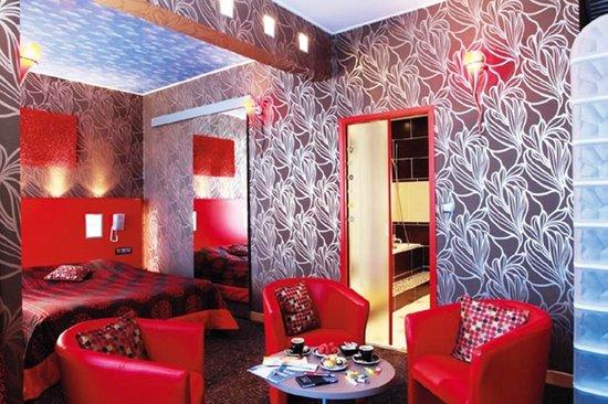 Le Grand Hotel de Valenciennes : Chambre Prestige Grand hôtel de Valenciennes