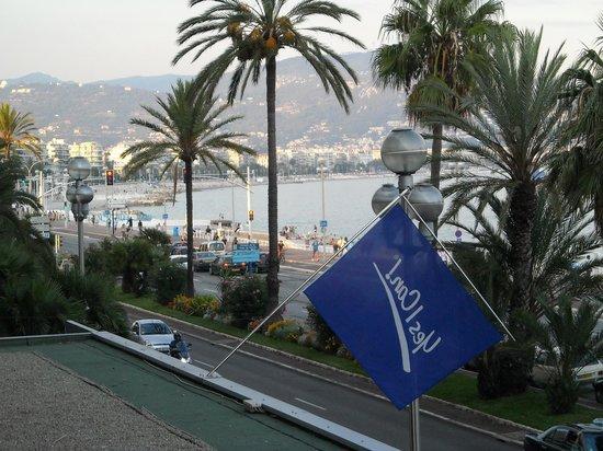 Radisson Blu Hotel, Nice: vista ns stanza