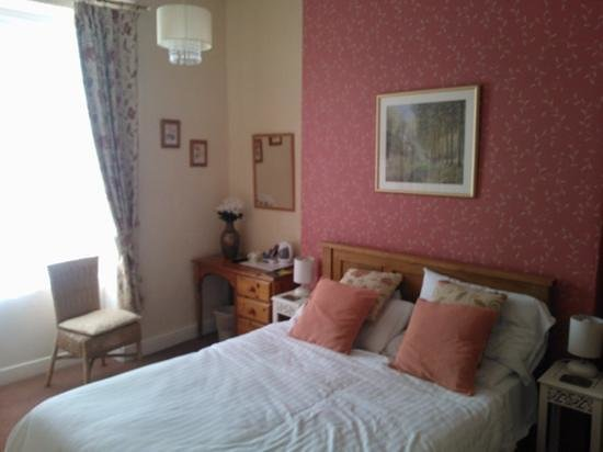 Britannia Guest House: our room