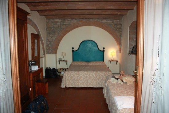 Villa Baciolo: Slaapkamer van het appartement