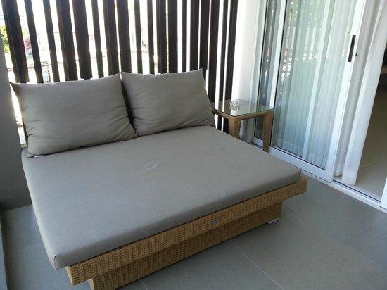 G Hua Hin Resort & Mall : Daybed at balcony