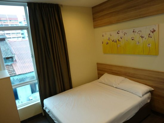 Hotel 81 Dickson: standard double room with window (upgraded for free from a room without window)