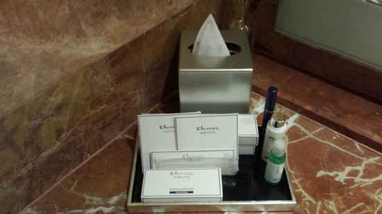 Pan Pacific Singapore : Toiletries