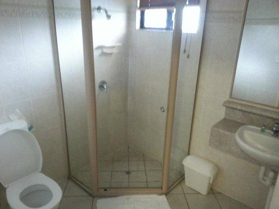 Villa Capri: bathroom