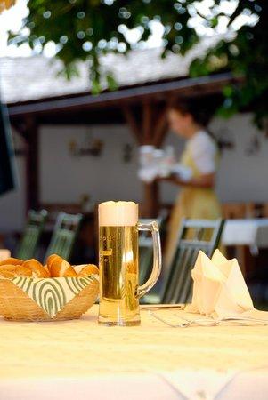 Hotel Gasthof Moosleitner: Gastgarten