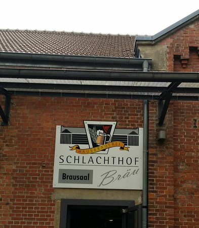 Schlachthofbrau: restaurant front view