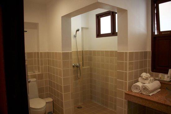 The Pe La Resort: Bathroom - C7 (1 bedroom apartment)