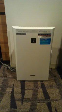 Hotel Mets Kokubunji : 客室内には加湿空気清浄機が完備