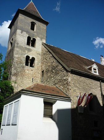 Ruprechtskirche: The exterior