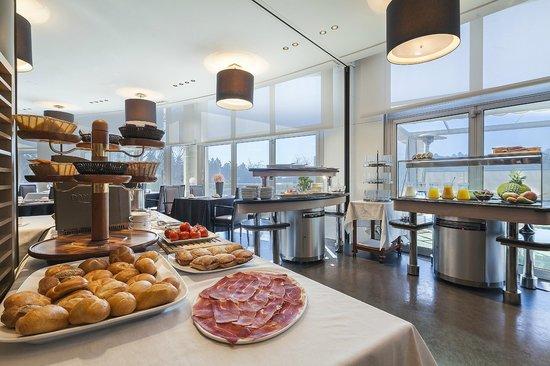 Don Candido Hotel: Bufet de desayunos