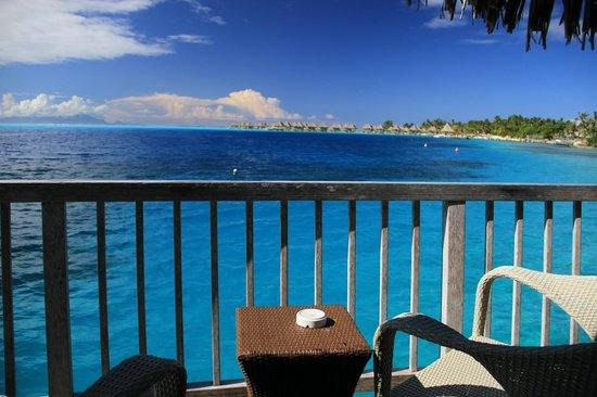 Maitai Polynesia Bora Bora: Vue de la terrasse privative du bungalow