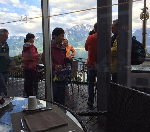 Grand Hotel Suisse Majestic: На завтраке