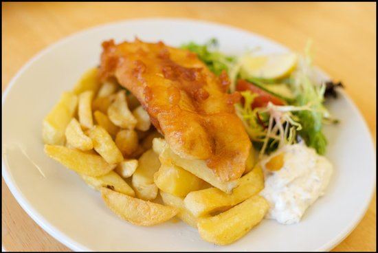 Mains of Taymouth Courtyard Restaurant: Traditional Fish & Chips