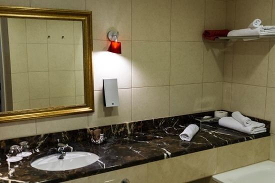 Solo Sokos Hotel Vasilievsky: ванная комната