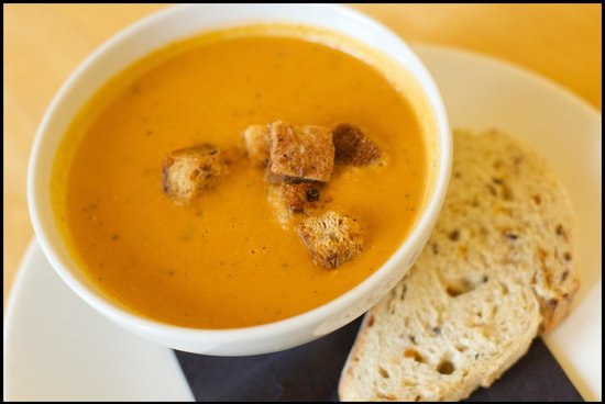 Mains of Taymouth Courtyard Restaurant: Homemade soup of the day!  The Courtyard Bar & Restaurant, Kenmore