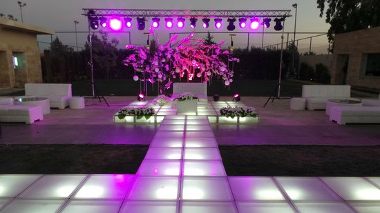 Amman Airport Hotel: Outdoor Wedding