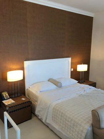 Amazonia Estoril Hotel: Bett