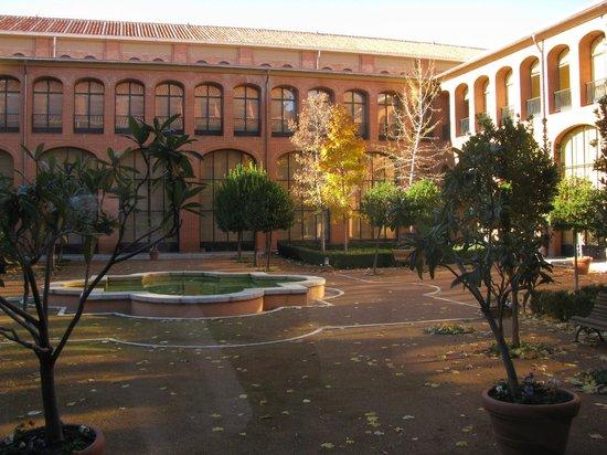 Museo de América: Внутренний дворик